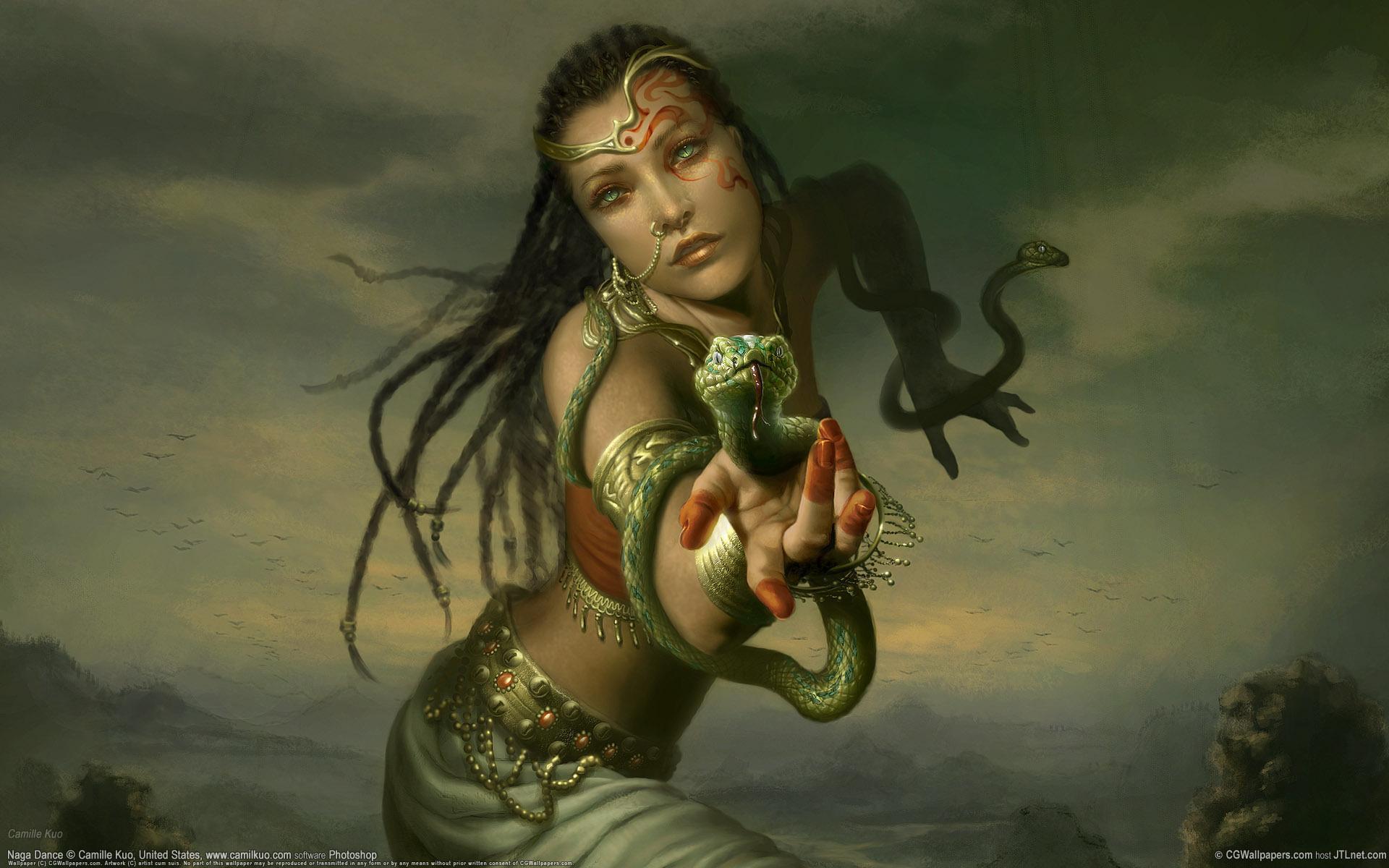 Смотреть женщин со змеями 10 фотография